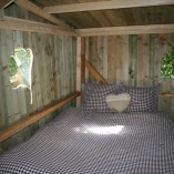 Weel-end cabane Laizon dans les arbres lit double