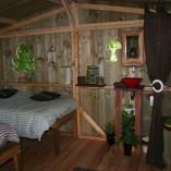 Weel-end cabane Laizon dans les arbres lits